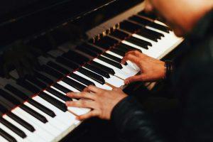 Qui a inventé le piano numérique?